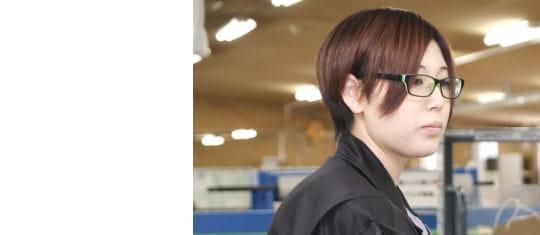女性従業員の写真